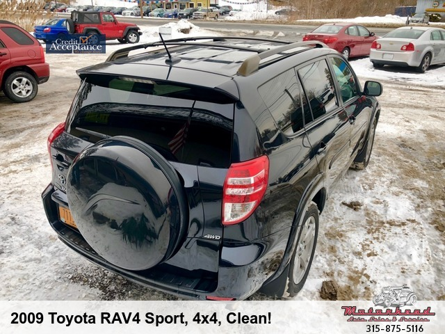 2009 toyota rav4 locked keys in car